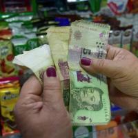 Extienden la validez de los billetes de 5 pesos hasta el 28 de febrero